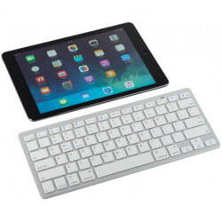 Traveler Bluetooth® keyboard