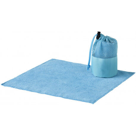 Diamond car cleaning towel and pouch
