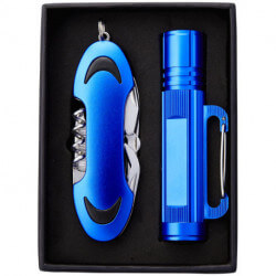 Ranger pocket knife and flashlight gift set