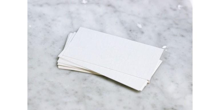 W jaki sposób zaprojektować wizytówkę, aby się wyróżnić?