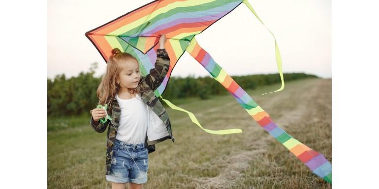 Kiedy warto inwestować w gadżety reklamowe dla dzieci?