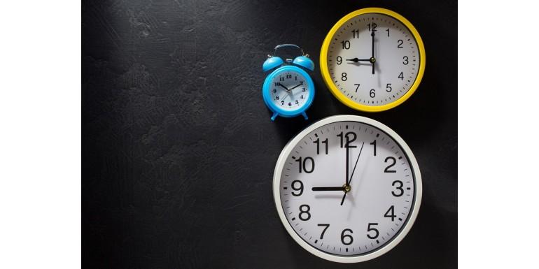 Zegar w prezencie – dla klienta indywidualnego i biznesowego